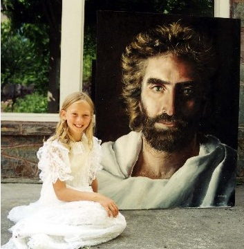 8 year old Akiana Kramarik painted Jesus after a vision.